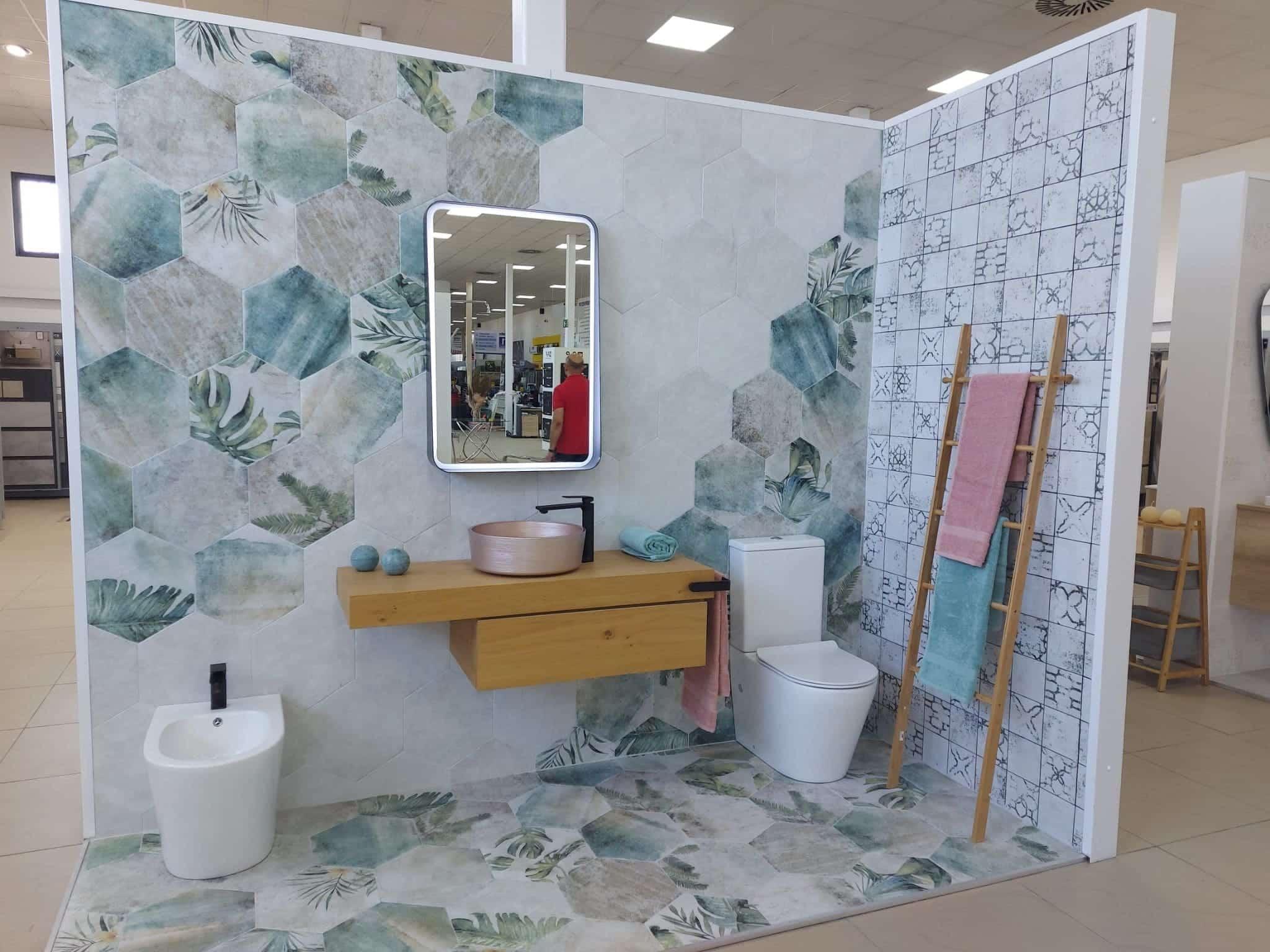 exposicion-bano-azulejos-madera Exposición Azulejos Cerámica y Baño