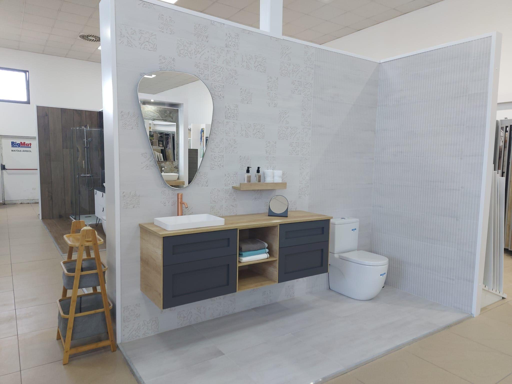 exposicion-bano-ceramica-azulejos-espejo-forma Exposición Azulejos Cerámica y Baño