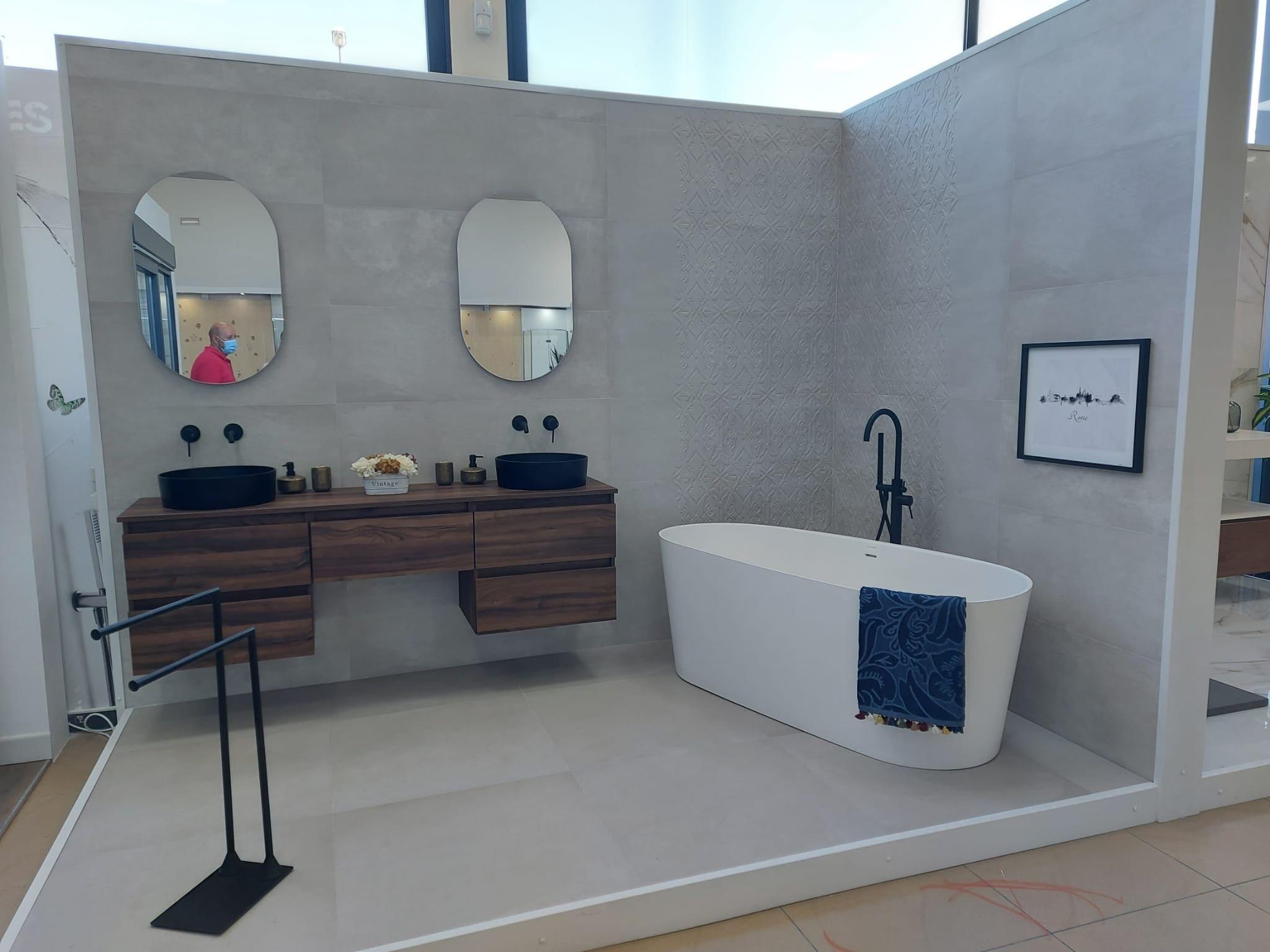 exposicion-banos-banera-azulejo Exposición Azulejos Cerámica y Baño