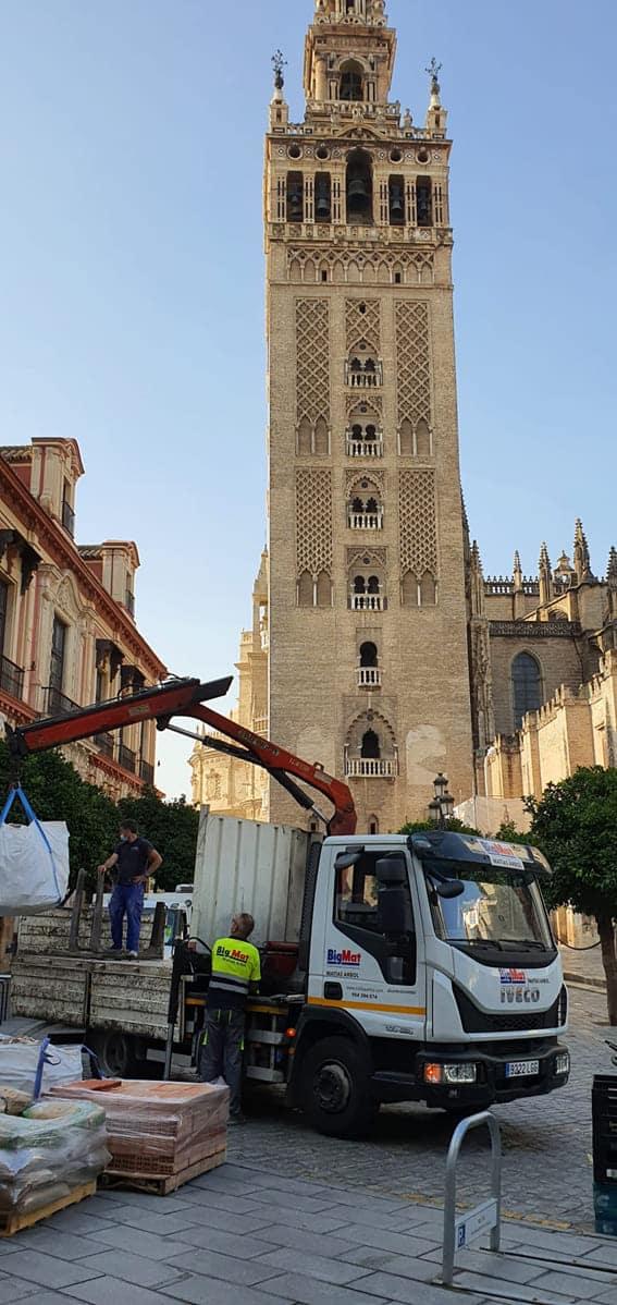 material-construccion-aprovisionamiento-giralda-1 Aprovisionamiento a Obras en Sevilla